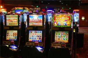 Сотни игровых автоматов для бесплатной и платной игры