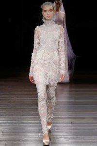 Всем невестам на заметку: новый тренд – брючные свадебные наряды