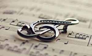 Популярная музыка от молодых исполнителей